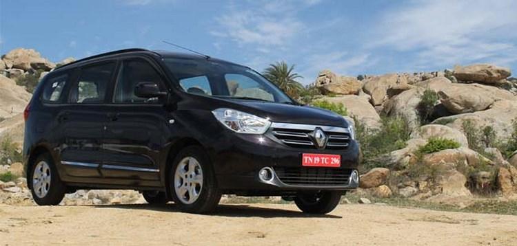 Xe rẻ Renault Lodgy có thắng được Toyota Innova không? - 2