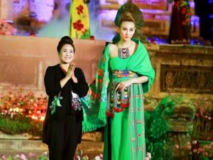 """Siêu mẫu Hoàng Yến mới mẻ với trang phục """"núi rừng"""""""