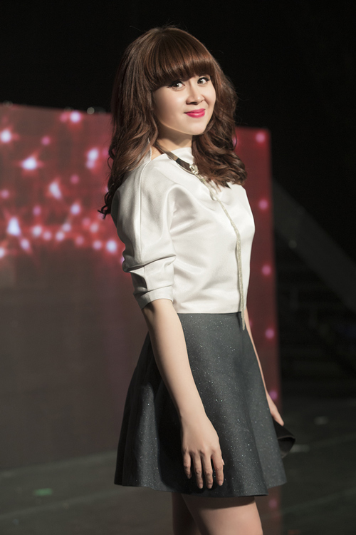 Lưu Thiên Hương và gu thời trang ngấp nghé tứ tuần - 2