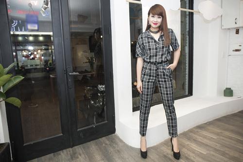 Lưu Thiên Hương và gu thời trang ngấp nghé tứ tuần - 14