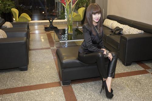 Lưu Thiên Hương và gu thời trang ngấp nghé tứ tuần - 10