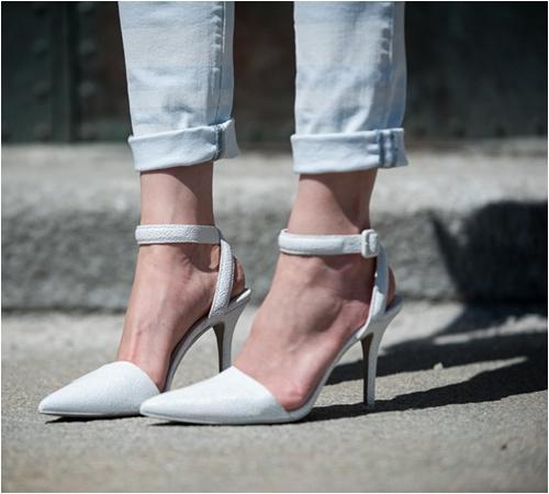 6 kiểu giày mọi cô nàng công sở cần có - 12