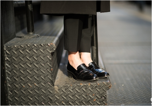 6 kiểu giày mọi cô nàng công sở cần có - 13