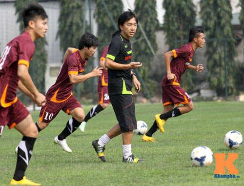 """Vì sao lứa U19 """"tắt điện"""" ở Olympic Việt Nam? - 1"""