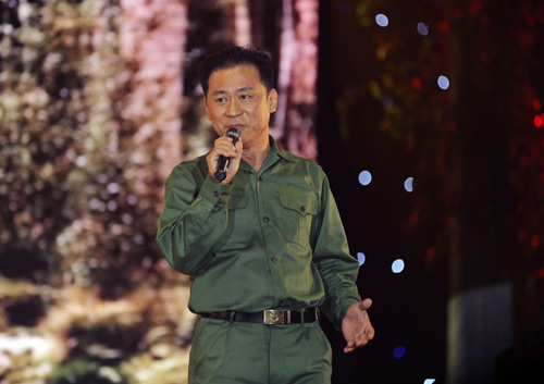 Hàng ngàn chiến sỹ nô nức cổ vũ liveshow Thanh Thúy - 9