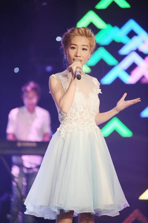 Hoàng Yến Chibi ngọt ngào hát hit Hiền Thục - 3