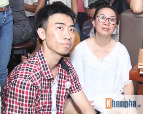 """Người đẹp Hồng Ánh xem boxing """"long tranh hổ đấu"""" - 14"""