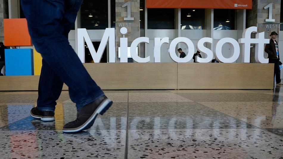 Microsoft tích hợp nền tảng Android trong Windows 10 - 1