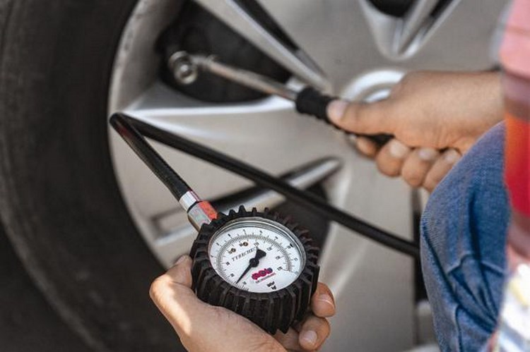 Những lưu ý để bảo vệ ôtô trước cái nóng mùa hè - 2