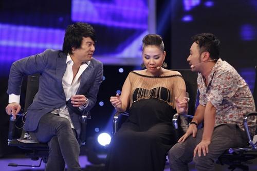 """""""Mỹ nhân đầu trọc"""" bị loại khỏi Top 10 Vietnam Idol - 3"""