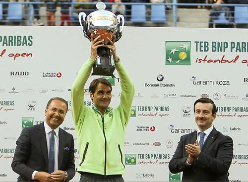 Federer – Cuevas: Lên ngôi khó nhọc (CK Istanbul) - 1