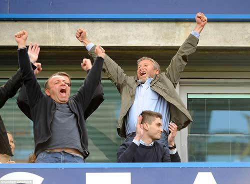 """Chùm ảnh Chelsea """"nổ tung"""" ăn mừng chức vô địch - 9"""