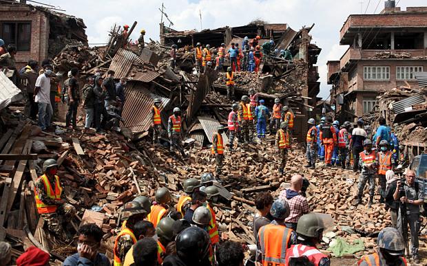 Động đất Nepal: Giải cứu thần kỳ cụ ông 101 tuổi - 2