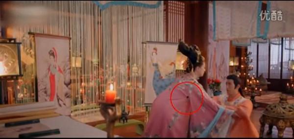 """Những """"sạn"""" tế nhị trong phim cổ trang kinh điển Trung Hoa - 4"""