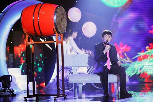 Đoan Trang diện áo dài trắng hát về tuổi học trò - 12