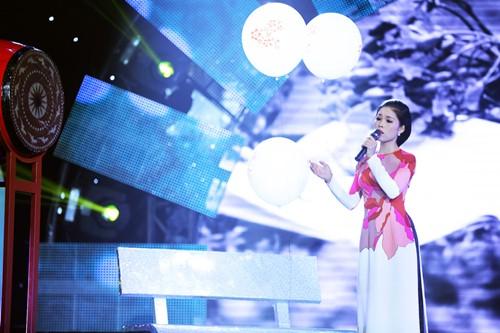 Đoan Trang diện áo dài trắng hát về tuổi học trò - 9