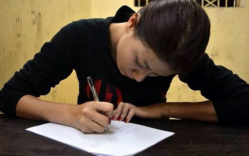 Bị khởi tố, Trang Trần được tại ngoại vì mang bầu - 1