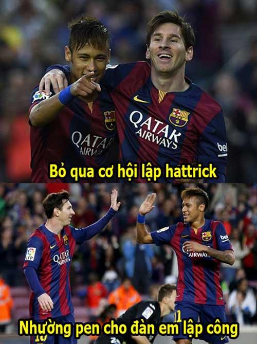 """Ảnh chế tuần 28/4-5/5: Messi """"tặng quà"""" cho Neymar - 1"""