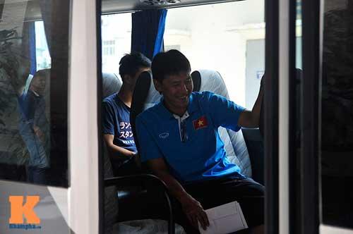Cầu thủ U23 Việt Nam ngủ một nơi, ăn một nơi - 4