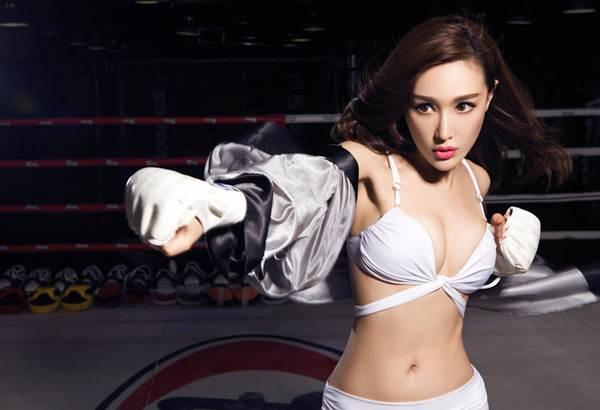 Hot girl lai khoe vẻ đẹp nóng bỏng với boxing - 4