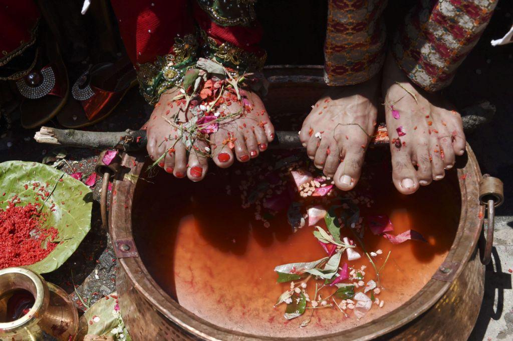 Nepal: Những đám cưới giữa lòng động đất kinh hoàng - 8