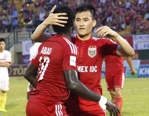Vụ hủy bàn thắng nhanh nhất V-League: Khó trách Công Vinh - 1
