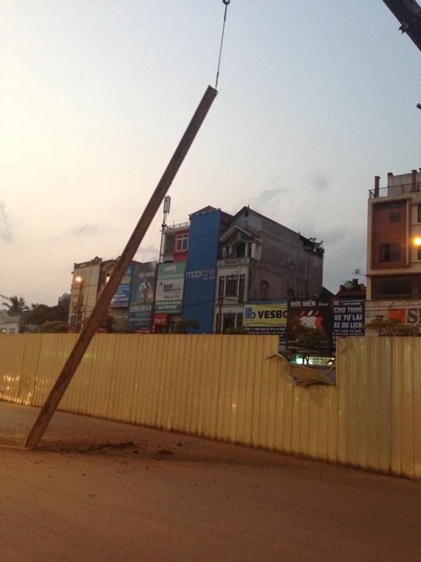 Sắt tuột cáp cẩu rơi ở đường sắt Nhổn - Ga Hà Nội - 4