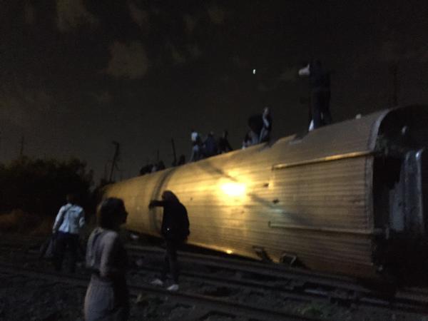 Mỹ: Tàu hỏa trật đường ray, 55 người thương vong - 8