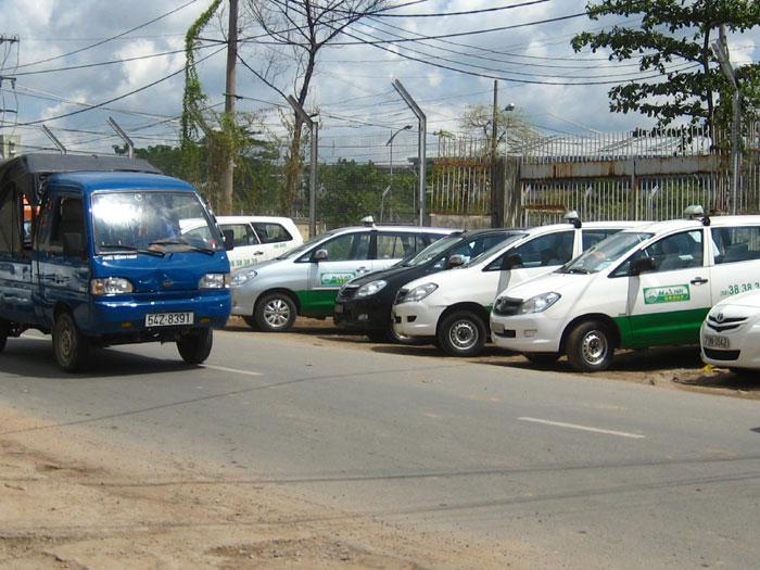 TP.HCM: Giá cước taxi tăng theo giá xăng, dầu - 1
