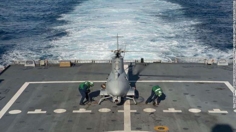 Ngắm tàu chiến Mỹ vừa tuần tra trên Biển Đông - 7