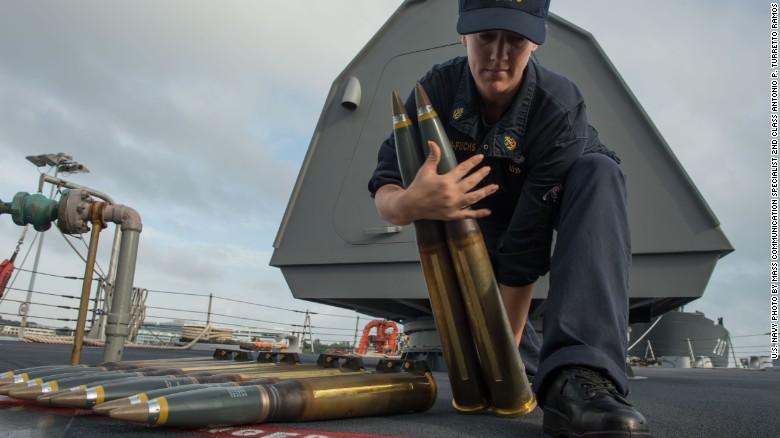 Ngắm tàu chiến Mỹ vừa tuần tra trên Biển Đông - 9