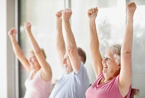 Ngăn ngừa thoái hóa khớp, đau khớp sau tuổi 40 - 1