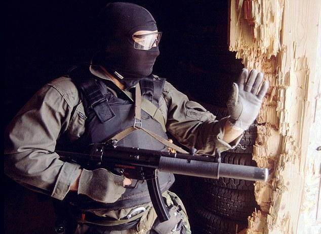 Đặc nhiệm Mỹ giao chiến, bắn chết thủ lĩnh cấp cao IS - 1