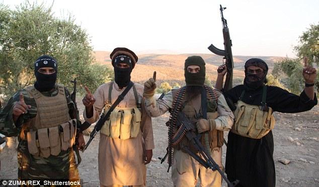 Chiến binh IS thay đổi hình dạng để tới châu Âu - 1
