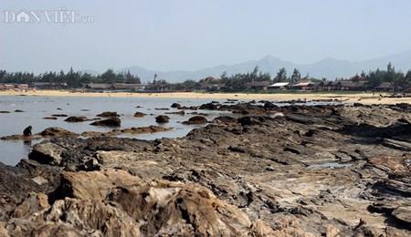 Đẹp hoang sơ ghềnh đá biển Rạng trên đất Quảng - 1