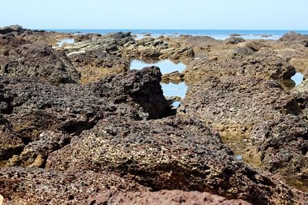 Đẹp hoang sơ ghềnh đá biển Rạng trên đất Quảng - 2