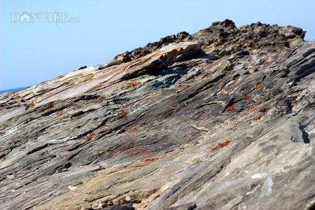 Đẹp hoang sơ ghềnh đá biển Rạng trên đất Quảng - 4