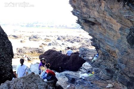Đẹp hoang sơ ghềnh đá biển Rạng trên đất Quảng - 12