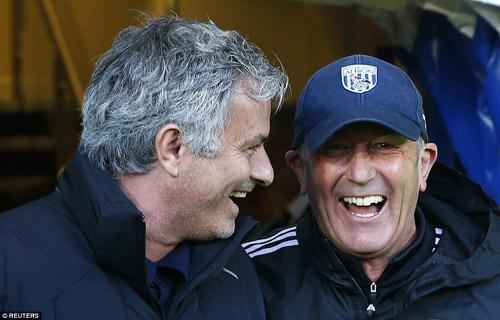 Chelsea thua thảm: Tại anh, tại ả hay tại ai - 3