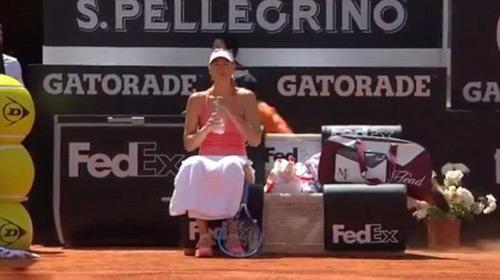 """Tennis 24/7: Cậu bé gặp nạn """"vì"""" Sharapova - 2"""