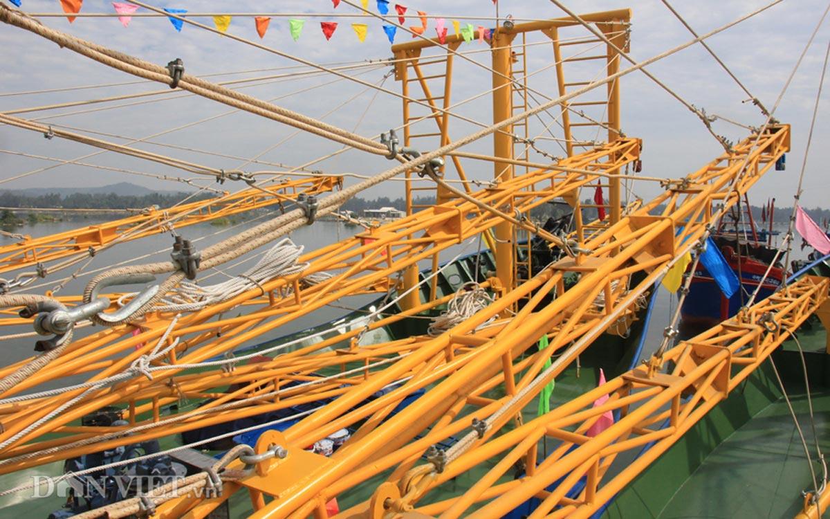 Tàu cá vỏ thép 8,7 tỷ của ngư dân miền Trung có gì đặc biệt? - 6