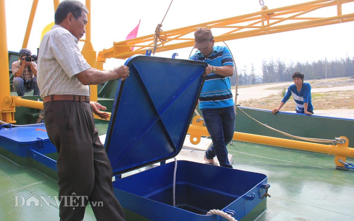Tàu cá vỏ thép 8,7 tỷ của ngư dân miền Trung có gì đặc biệt? - 11