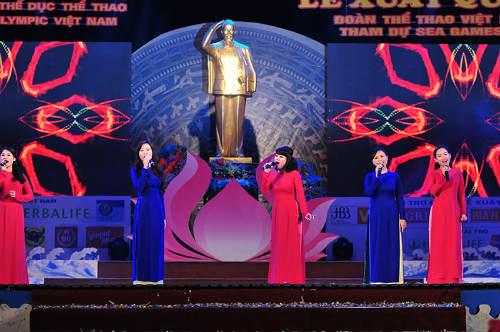 Tưng bừng lễ xuất quân đoàn TTVN tham dự SEA Games 28 - 7