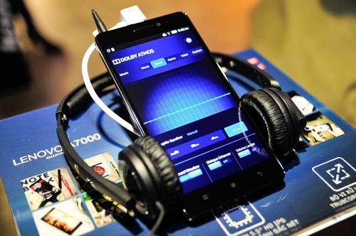 Giới trẻ háo hức chờ mua Lenovo A7000 trước ngày bán - 3