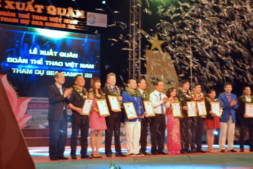 Tưng bừng lễ xuất quân đoàn TTVN tham dự SEA Games 28 - 15