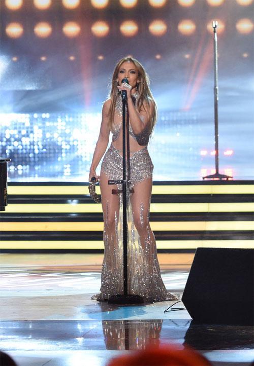 Jennifer Lopez: Nữ hoàng xuyên thấu của làng nhạc thế giới - 5