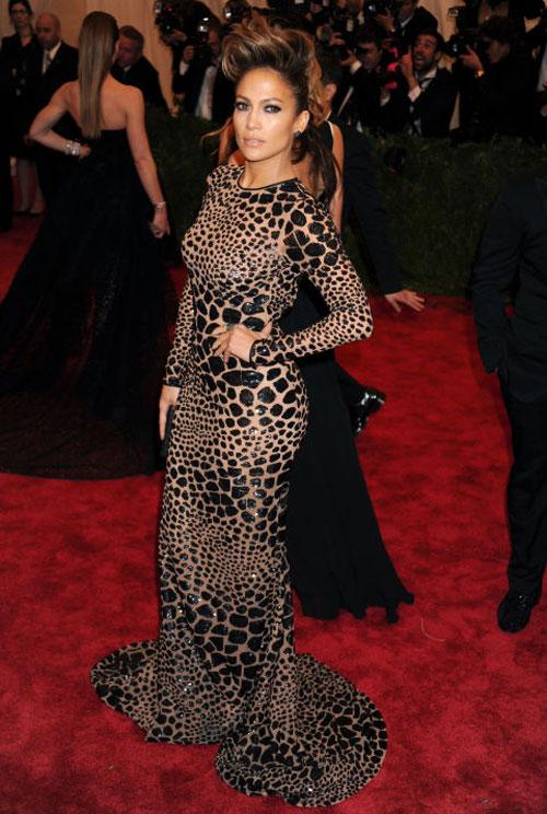 Jennifer Lopez: Nữ hoàng xuyên thấu của làng nhạc thế giới - 8