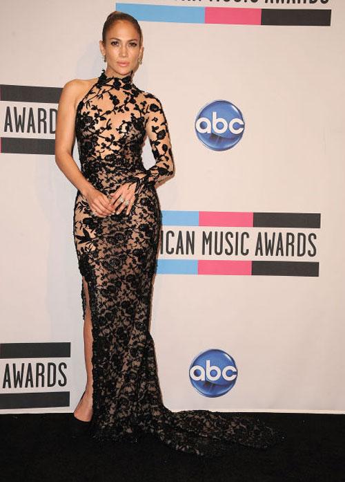 Jennifer Lopez: Nữ hoàng xuyên thấu của làng nhạc thế giới - 10