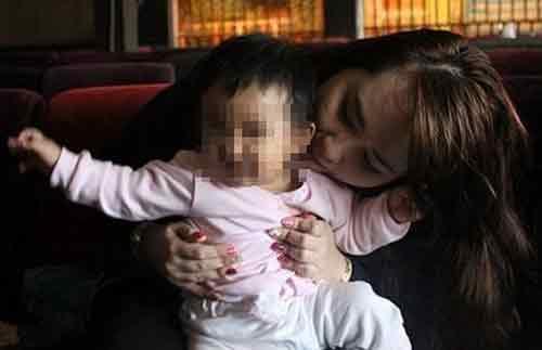 Bịa đặt nhận nuôi con tử tù: Cô gái khai gì? - 1
