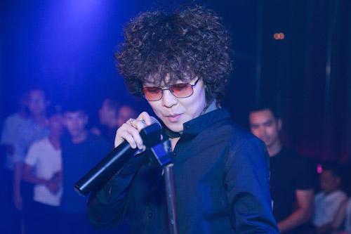 Tiên Tiên mặc quần đùi lên sân khấu Hà thành - 3